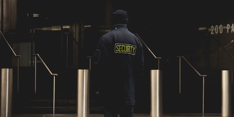 residential-building-security-guard